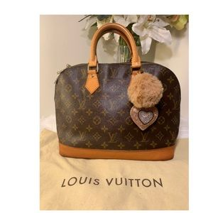 🌼Authentic Louis Vuitton Alma🌼
